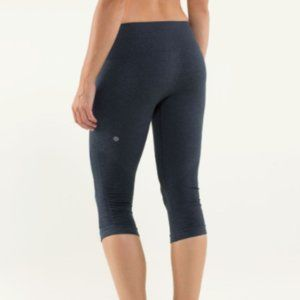 Lululemon In The Flow Crop II - Heathered Gray